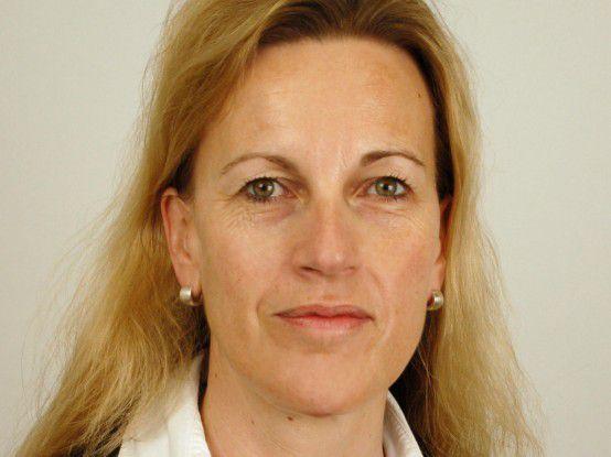 """""""Unsere Mitarbeiter sollten künftig in der Lage sein, aktuelle Kundendaten von unterwegs online abrufen zu können"""", sagt IT-Leiterin Christine Künne von Jowat."""