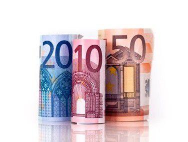 Kaum Geld von Banken oder Venture Kapitalisten erhalten deutsche IT-Startups. Sie sind auf Eigenkapital und Einnahmen aus ihrer Geschäftstätigkeit angewiesen.