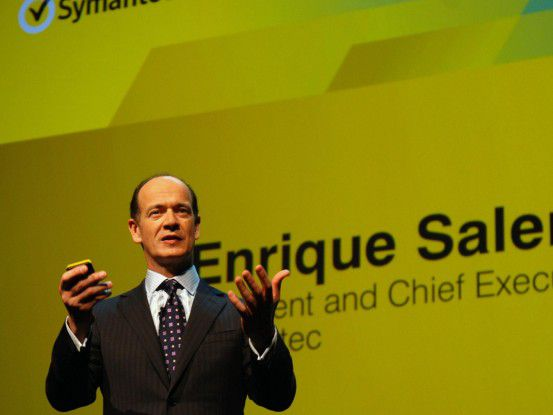 Soziale Netzte wie Facebook bedrohen die Sicherheit der Unternehmens-IT, erklärte Symantec-CEO Enrique Salem.