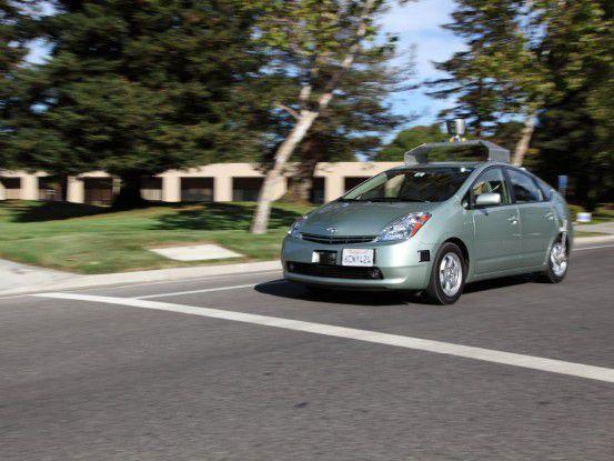 ...und ein weiterer in Aktion auf kalifornischen Straßen. (Fotos: Google/Kay Oberbeck via Twitpic)