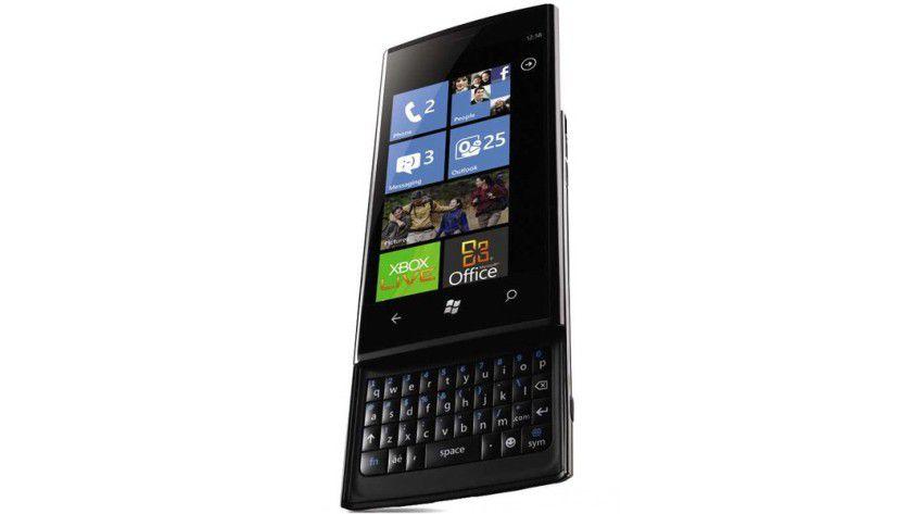 Dell Venue Pro: Das eigene Smartphone für den US-Markt mit Windows Phone 7 bietet eine Hardware-Tastatur. (Quelle: Dell)