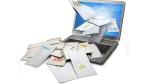 Mitarbeiterin sichtet vorab Inhalt: Welche Maßnahmen gegen die Mail-Flut sind erlaubt? - Foto: Fotolia, nicolasjoseschirado