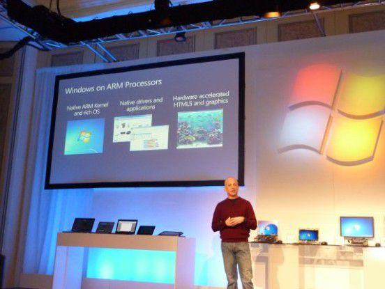 Microsoft-Manager Stephen Sinofsky bei der Pressekonferenz in Las Vegas.