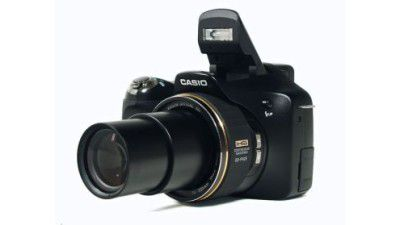 Bridge-Kamera: Casio Exilim EX-FH25 im Test