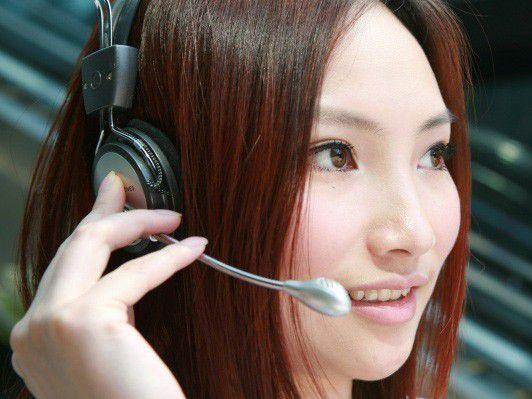 Alle reden von den Vorteilen von Web 2.0 für die Kommunikation - doch für den Kontakt zum Kunden übers Call Center nutzen nur wenige Firmen Werkzeuge wie Messenger, Netzwerke oder Blogs.