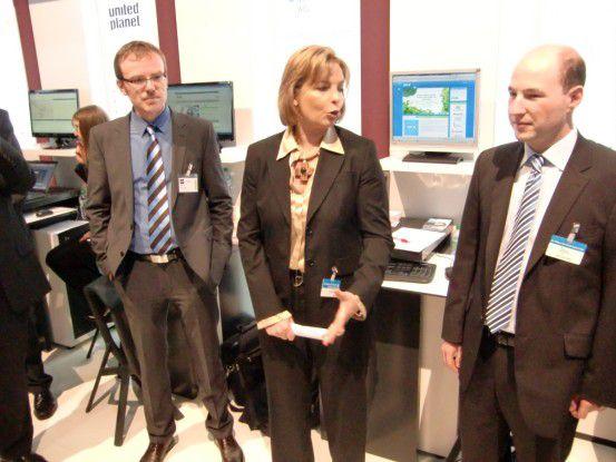 Präsentierten das SynX-Projekt (v.l.): Gerald Hofner (Kinderkardiologe und fachlicher SynX-Projektleiter), Angelika Gifford (Microsoft) und Michael Zettl (Business Systemhaus AG).