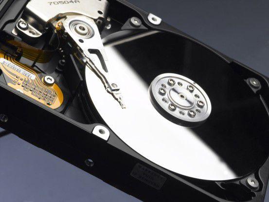 Festplatten sind recht empfindlich und nicht lange haltbar.