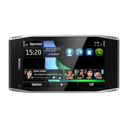 Mit Ecken, Kanten und Symbian: Nokias neues Smartphone x7.
