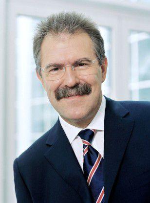 Rudi Lamprecht hat alle Höhen und Tiefen der deutschen ITK-Branche miterlebt.