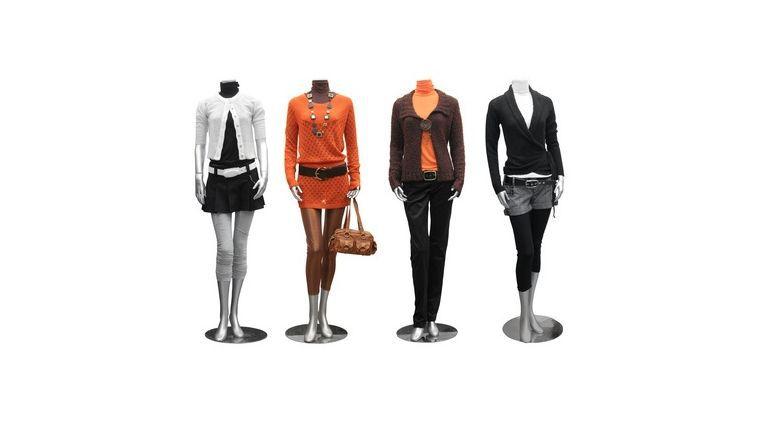 Kurze Röcke sind in der Mode weit verbreitet, aber im Geschäftsleben oft mit Peinlichkeiten verbunden.