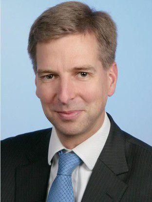"""""""BI bedeutet, alle Management- und Entscheidungsebenen einzubeziehen, also die strategische, die taktische und die oberative Ebene"""", sagt der Geschäftsführer des Business Applications Research Center (BARC) Carsten Bange."""