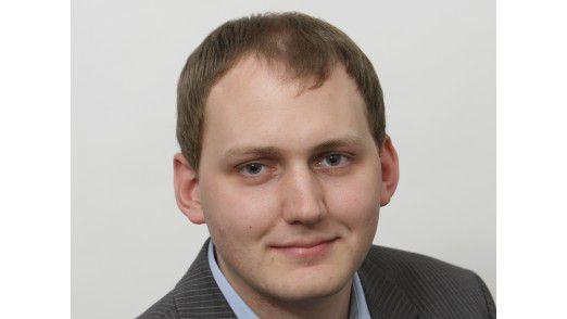 """""""IT-Security-Kompetenz zeigt sich nicht darin, wie häufig und stark ein Unternehmen in die Schusslinie gerät, sondern in dem, was nach diesen Negativerlebnissen intern und in der öffentlichen Wahrnehmung hängen bleibt."""" Simon Hülsbömer, Redakteur COMPUTERWOCHE."""