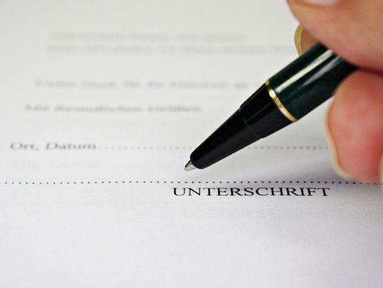 Kammerer wirbt für seine E-Mail-Versand-Lösung, die von De-Mail unabhängig ist - und die ohne digitale Signatur auskommt.