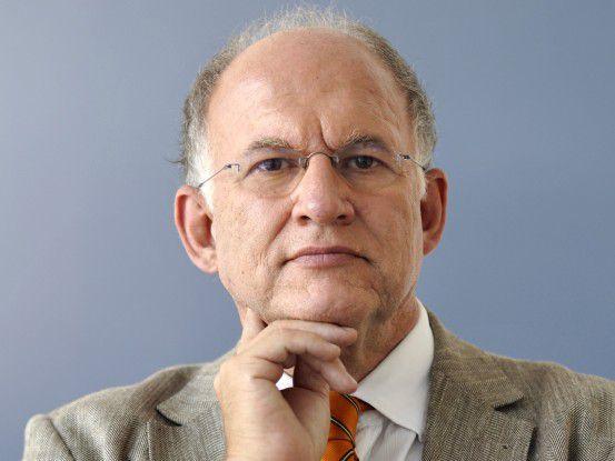Der Bundesbeauftragte für den Datenschutz Peter Schaar warnt vor dem übereilten Aufbau neuer Strukturen bei den Sicherheitsbehörden.
