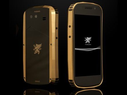 Gold statt Plastik: Mobiado Grand Touch