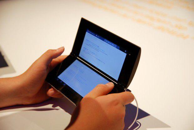 Das Nintendo DS lässt grüßen: Sony Tablet P
