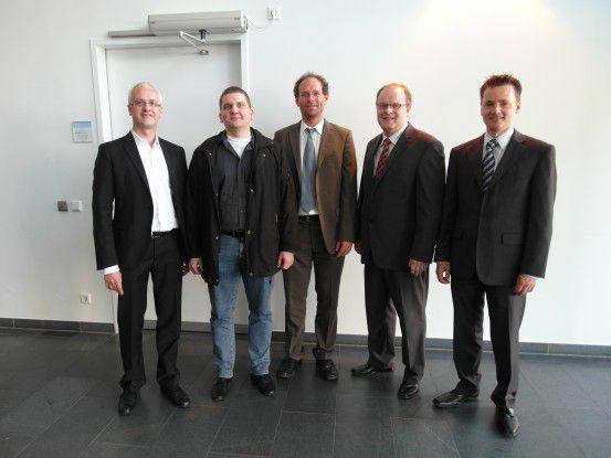 Championship Kundenkommunikation: (v.l. n.r.) Marc Koch (CEO des Sponsors Legodo), Stefan Belke, Peter Borak, Jörg Schwarzbach, Christian Kier.
