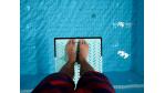Sprung ins kalte Wasser: Schwerer Start im ersten Job - Foto: Fotolia.de/strider