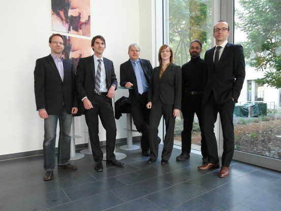 Die Teilnehmer der IT-Security-Championship (v.li.): Volker Bosseler, Thomas Nowey, Wolfgang Dürr (mikado soft), Nina Schöllhammer, Jörg Gerschütz und Marek Kreul.
