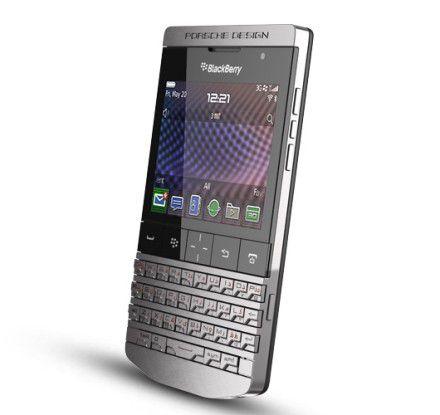 Design-Smartphone: RIM kooperiert beim P9981 mit dem Porsche Designstudio.