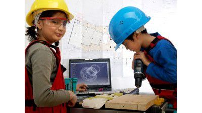 Weiterbildung in der IT: Learning by doing - Foto: Lucky Dragon - Fotolia.com