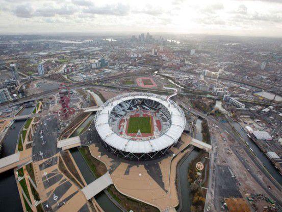 Das Olympiastadion im Londoner Stadtteil Stratford bietet 80.000 Zuschauern Platz.