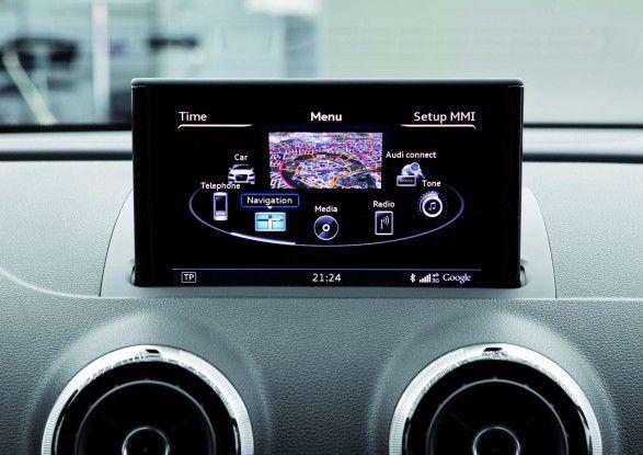 Moderne Telematik-Systeme bieten Streaming-Media-Dienste, Internetzugang und verschiedene Apps an.
