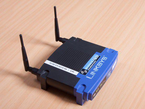 """Auch dieser gebräuchliche Linksys-Router WRT54 lässt sich zu einem praktischen Hacking-Werkzeug """"umrüsten""""."""
