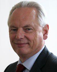 Francis Maude, britischer Minister für Kabinettsangelegenheiten, treibt die Idee einer Blacklist für Lieferanten in Großbritannien voran.