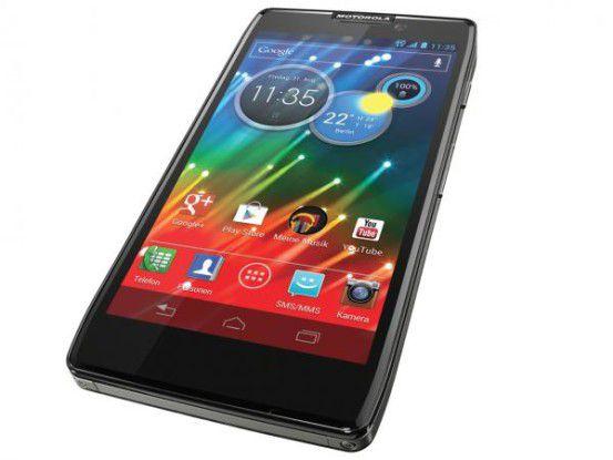 Ganze Arbeit: In Deutschland beitet Motorola Mobility derzeit nur zwei Handys an: Das Razr HD und das Razr i.