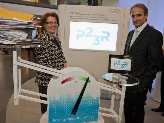 """Die Arbeitsgruppe 3 widmet sich den """"innovativen IT-Angeboten des Staates"""" und wird von unseren Gesprächspartnern Cornelia Rogall-Grothe und Karl-Heinz Streibich geleitet."""