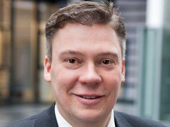 Gerhard Kahmen ist Fachgebietsleiter für Analog/Mixed-Signal-Integration bei Rohde & Schwarz. Beim Münchner Messtechnikanbieter hat er den Aufbau des Labors und später des Fachgebiets Analog/Mixed-Signal-ASIC-Entwicklung mitgestaltet.
