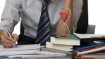 Studie über Arbeitsalltag: Gehetzt und gestresst durch den Job - Foto: Digitalpress/Fotolia.com