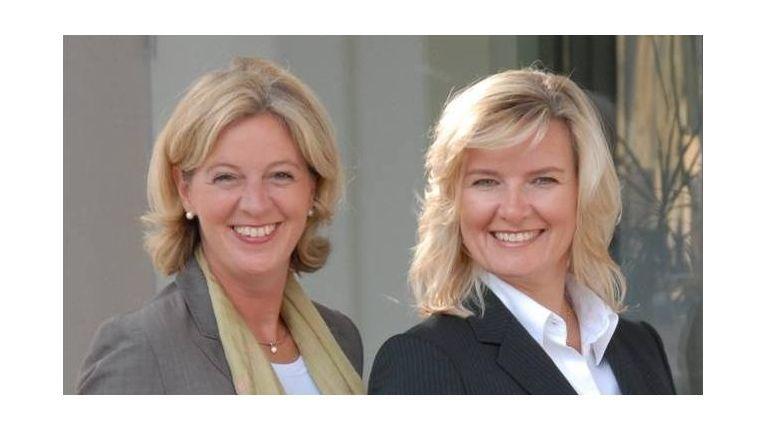Anke Quittschau (rechts) und Christina Tabernig von der Agentur Korrekt sind Expertinnen in Sachen gutes Benehmen im Geschäftsumfeld.