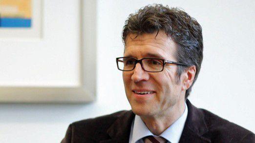 Daimler-CIO Michael Gorriz sucht IT-Architekten und IT-Projektleiter, die die Leidenschaft fürs Auto teilen.