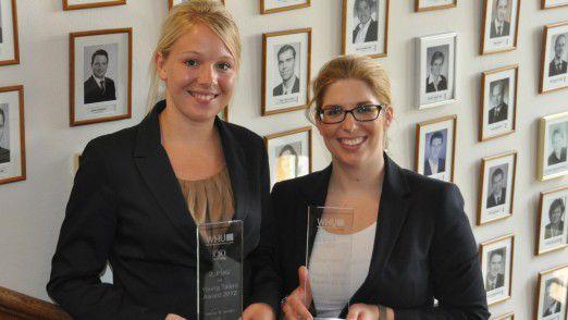 Award-Gewinnerinnen Sarah Kliebisch (links) und Julia Wiesermann.