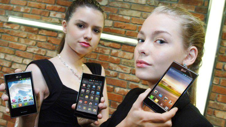 LG präsentiert seine Smartphones gerne werbewirksam mit jungen Frauen.