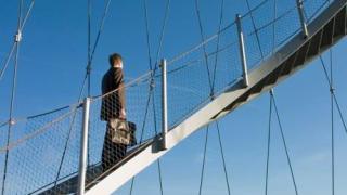 Aufstieg in einem anderen Unternehmen - Foto: Karin-Jehle, Fotolia.de