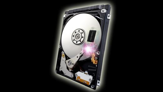 8 GB NAND-Flash hat Toshiba der ersten H-HDD mit dem kryptischen Namen MQ01ABD-H mitgegeben. Es gibt auch schon einen Prototypen mit 16 GB Flash-Speicher.