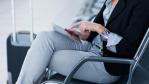 Jobsuche via Smartphone und Tablet: Recruiting wird mobiler - Foto: lightpoet - Fotolia.com