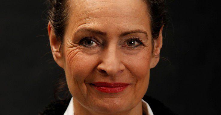 """Cornelia Topf trainiert Männer und Frauen in der Kunst des Verhandelns. Die promovierte Ökonomin und Geschäftsführerin von Metatalk hat ihre Erfahrungen in dem Ratgeber """"Erfolgreich verhandeln für Frauen"""" gebündelt."""