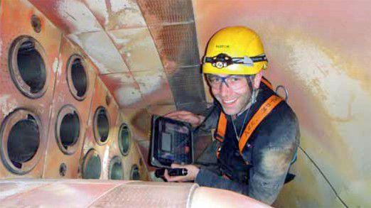 In der Schutzhülle und im Offline-Betrieb: So können die Servicetechniker das iPad mit zur Kraftwerksinspektion nehmen.