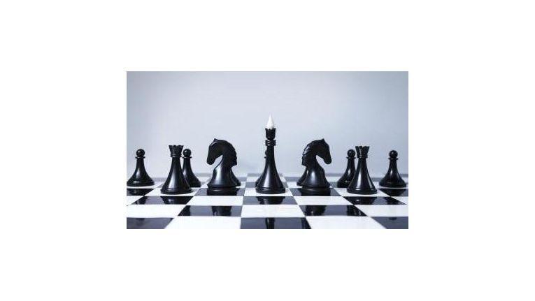 Schach, Kriegsführung, Unternehmensstrategie: Viele Manöver sind denkbar, um den Gegner gezielt zu täuschen.