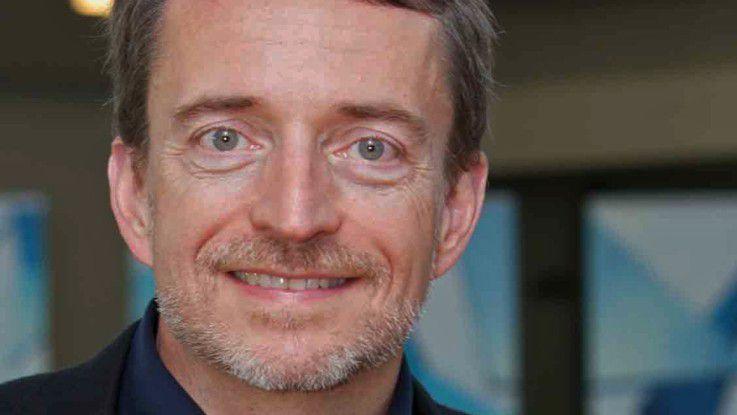 VMware-CEO Pat Gelsinger wirbt für die Netzvirtualisierungsplattform NSX.