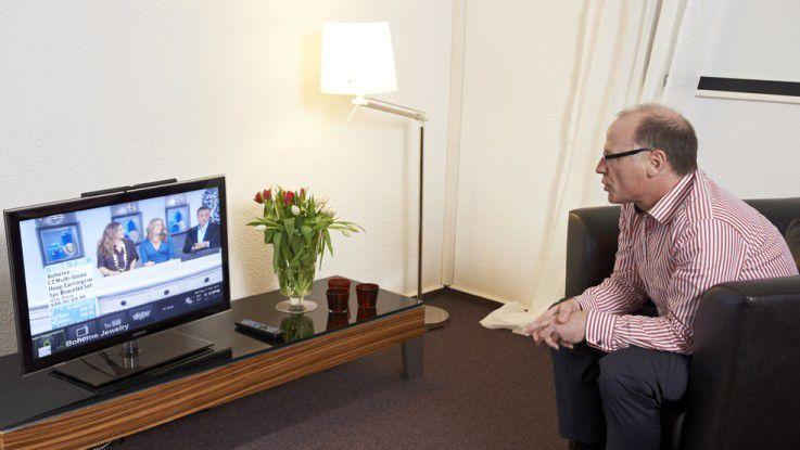 Die Sprachsteuerung von TV-Geräten wird von verschiedenen Anbietern weiterentwickelt. Dragon TV von Nuance sucht auf Nachfrage das gewünschte Programm.