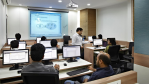 Billiger lernen: Zur Weiterbildung nach Dubai oder Indien - Foto: Koenig Solutions