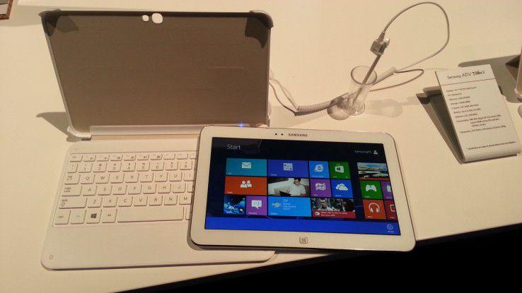 Das Ativ Tab3 wird mit dem passenden Cover zum Netbook.