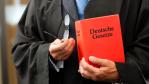 Security-Pflichten im Unternehmen: Das geplante IT-Sicherheitsgesetz und seine Folgen - Foto: Kzenon - Shutterstock.com