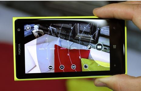 Die App Pro Camera von Nokia bringt zahlreiche Foto-Funktionen.