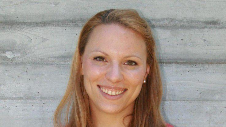 Janina Benz betreut als Social-Media-Managerin bei GFT 15 Social-Web-Auftritte und kümmert sich um die Beziehungen zu Bloggern und Multiplikatoren im Netz.